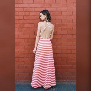 Dresses & Skirts - Chevron Printed Maxi Dress.